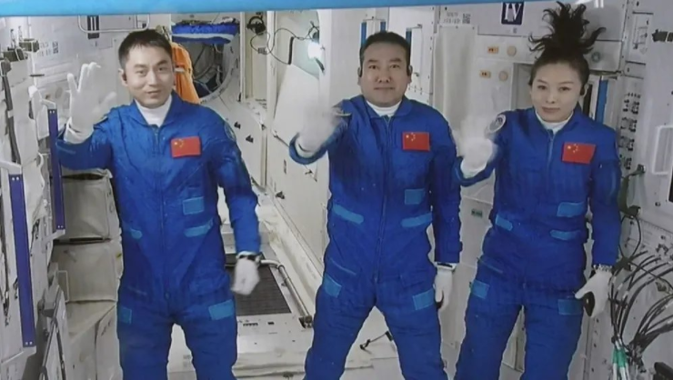 科普:宇航员长时间驻留太空对身体有何影响