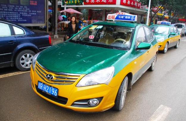 滴滴6年亏损390亿,滴滴现在不比出租车便宜,你还会选择它吗?