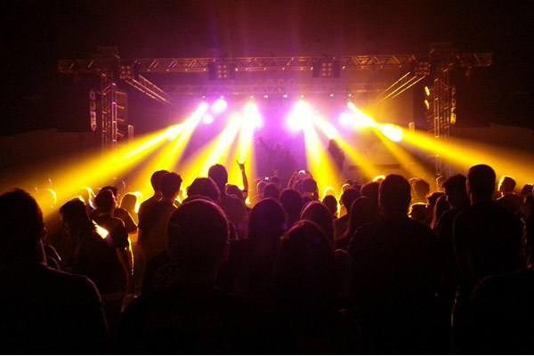 沈阳夜场dj舞曲2013 全球最流行的夜场DJ舞曲