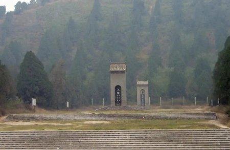 同样是汉朝皇帝陵园,为何东汉陵墓的规模远比西汉小?