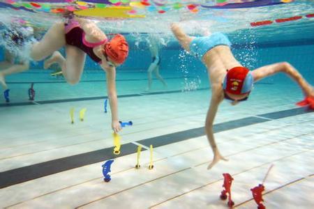 游泳教学趣味游戏(水上趣味运动会游戏项目)