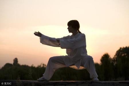 太极拳究竟如何养内气、升阳气、接地气?