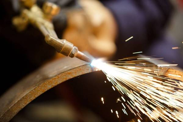 什么是氩氟焊?氩氟焊和普通电焊的区别是什么_烧电焊技巧