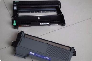 如何给打印机硒鼓换墨粉加碳粉(惠普HP、佳能、兄弟打印机图解)(图21)