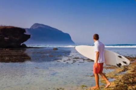 怎样理解旅游文学与旅游文化的关系?(怎样理解文学批评与文学理论的关系)