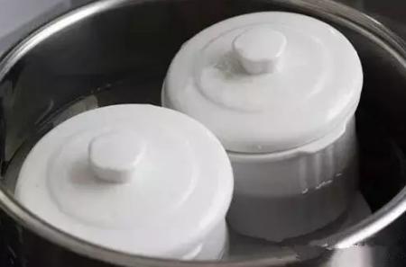 隔水炖和直接炖哪个更好?