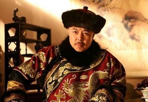 「历史那个皇帝座的时间最长」历史上活的时间最长的皇帝是谁?