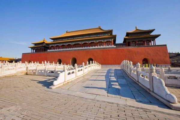 「奥地利皇帝陵墓」中国有哪些标志建筑物?