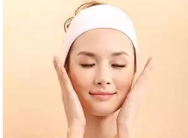 如何减去双下巴 怎样减下巴和脖子上的肉