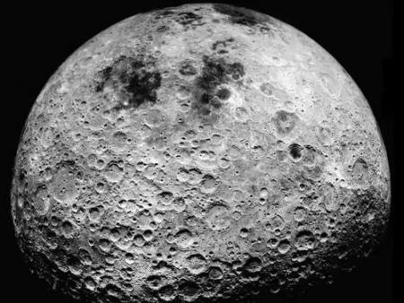 月球很有可能是被地球撞散架的兄弟?