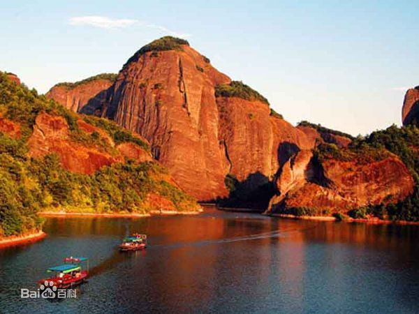 汉仙岩风景区的地理环境