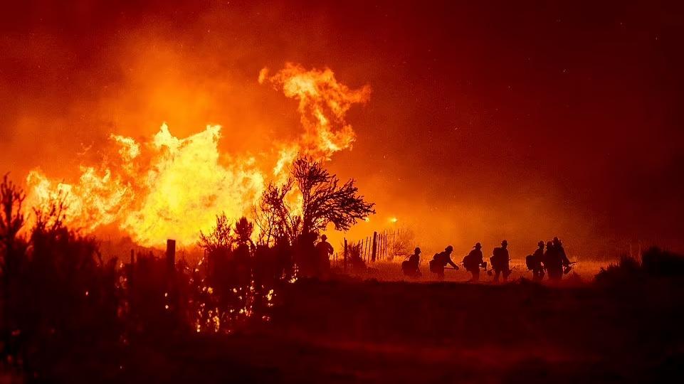 加州火災大爆發:美國家氣象雷達發現罕見現象,科學家:必須警惕