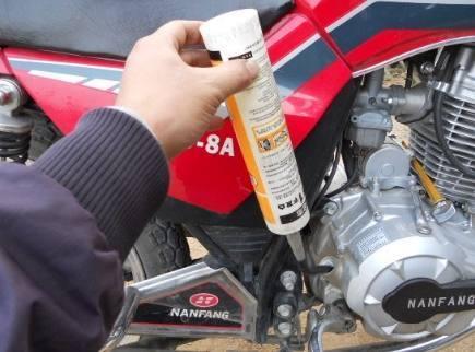 摩托车机油与汽车机油到底哪里不一样,差别是什么?