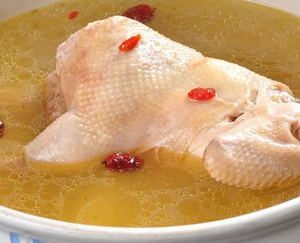 怎么样炖鸡汤才能炖出香浓的味道?
