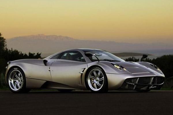 「世界十大最贵汽车」世界上最贵的车是什么牌子的?