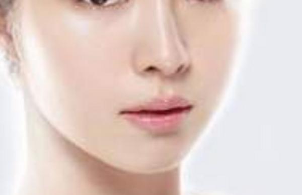 如何使鼻翼缩小:如何把鼻翼缩小?