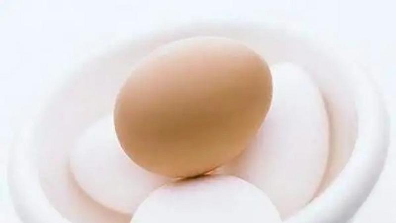 徒手捏碎一個雞蛋尚且不易,那么捏碎一個原子需要多大的力量?的頭圖