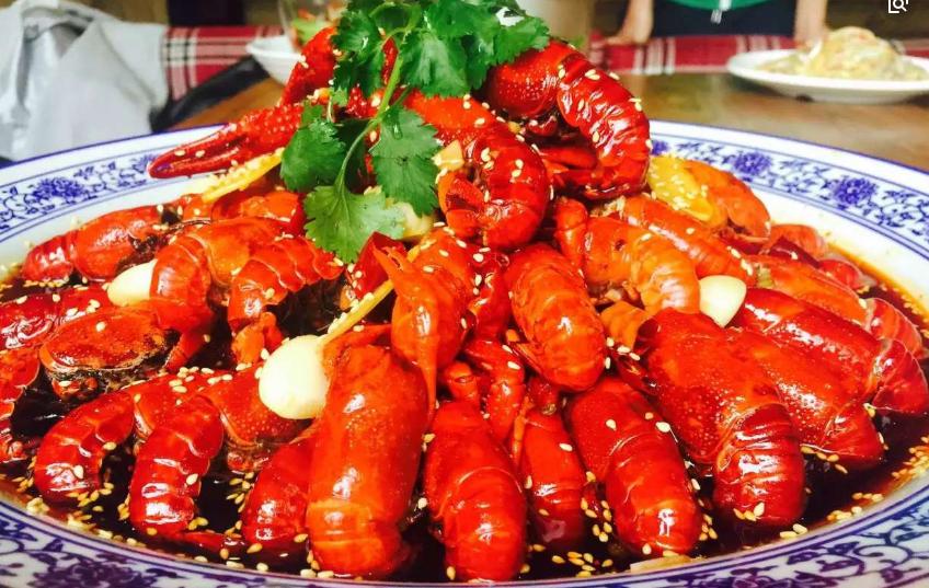 龙虾不能和什么食物一起吃