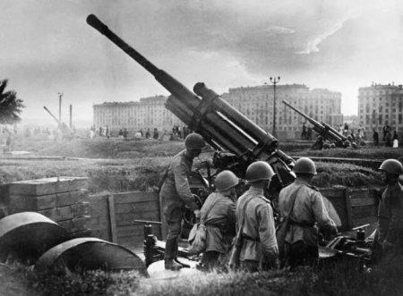 二战苏联和英美都是盟国,但为何盟军不包含苏联红军