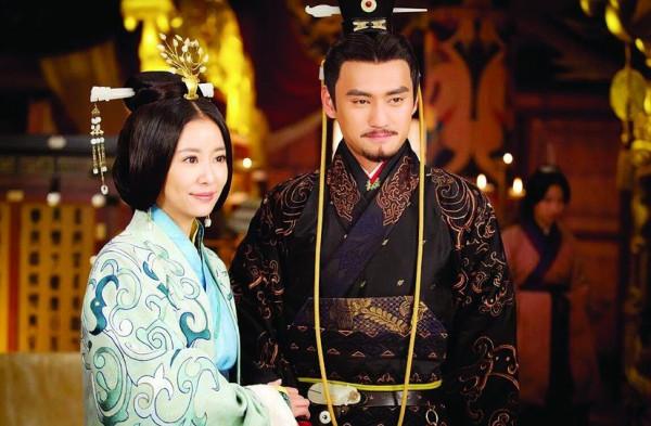 「开国皇帝最好的是刘秀」东汉开国皇帝刘秀为何能统一天下?