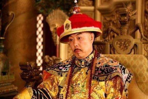 「清朝皇帝洗澡宫女」清朝宫女如何伺候皇上