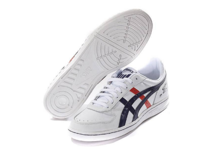 鞋子上有个B字母的是什么牌子的运动鞋 是韩国的