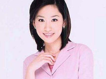 41岁的何炅为何拒绝妻子王菁生孩子,何炅老婆王菁个人资料