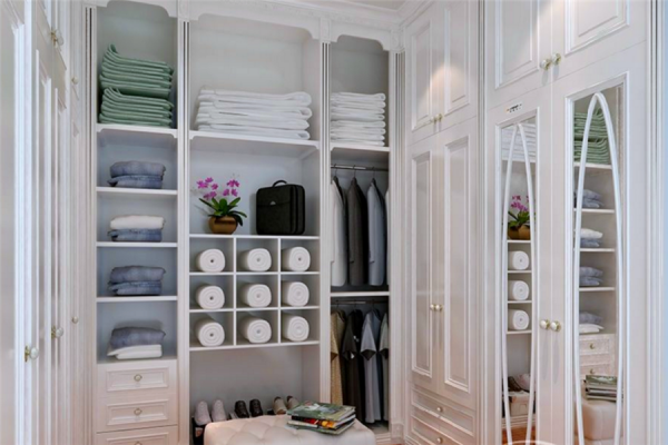 主卧带卫生间的优缺点兼备,把卫生间改成衣帽间有哪些注意事项?