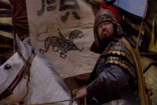 「历史上颜良武艺到底怎样」颜良的武艺真的比关羽差吗