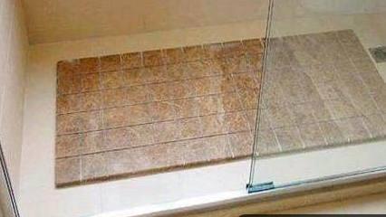 为什么有钱人淋浴房不铺瓷砖?