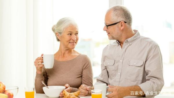 """一旦查出""""转氨酶""""高,哪些食物宁愿不吃也别碰?"""