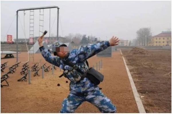 新兵入伍后要经历哪些严格训练?