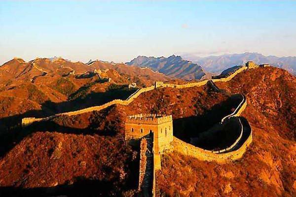 """""""不到长城非好汉"""",这个长城指代哪里,是北京八达岭长城吗?"""