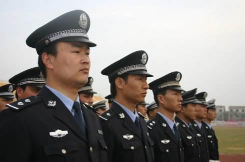 上海市市刑警队队长什么级别?上海市区公安局局长什么级别?