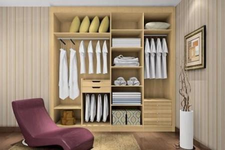 已经做出来的衣柜没有装到顶,有什么更好的清理方法?