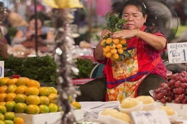 """泰国旅游,看见满树的""""女人果""""再好看也别买,这是为什么?"""