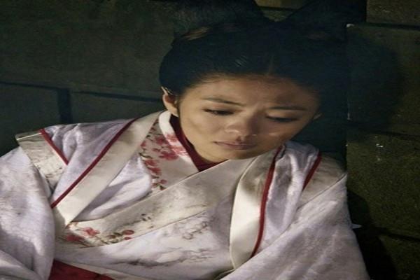 古代官员被处死后,其家产被抄光,那他的小妾是被如何处置的?