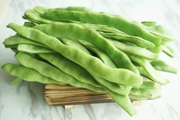 在农村里,自家种的豆角吃不完,有什么好的保存方法?