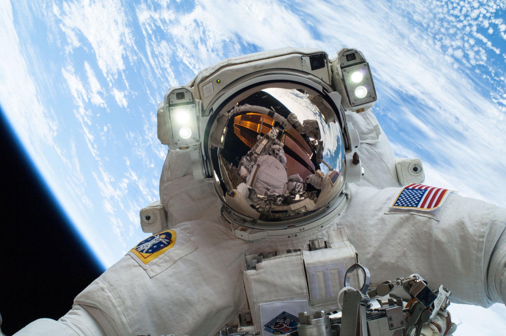 神舟十三号有女性宇航员吗?女性如何在太空度过生理期?