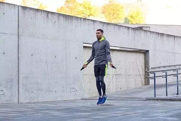 怎样通过跳绳达到减肥效果?