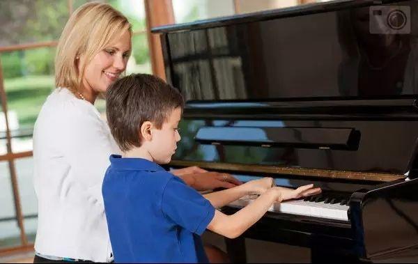 电钢琴哪个品牌好?求推荐