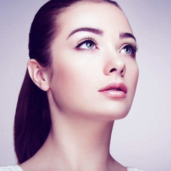方形脸女生适合发型有哪些  这样做简单又显气质?