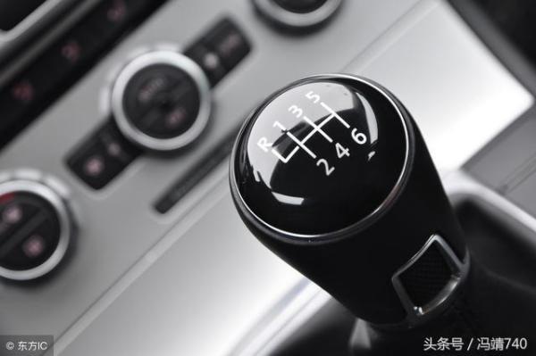 自动挡汽车为什么要配备手动挡,有什么优缺点呢?