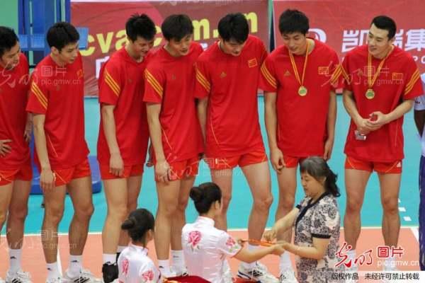 温岭交友网:中国国家排球队的中国男子排球队