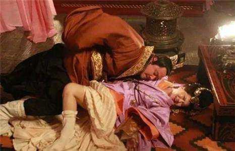 「古代皇帝玩妃子故事」古代最风流的皇帝是怎样玩妃子的