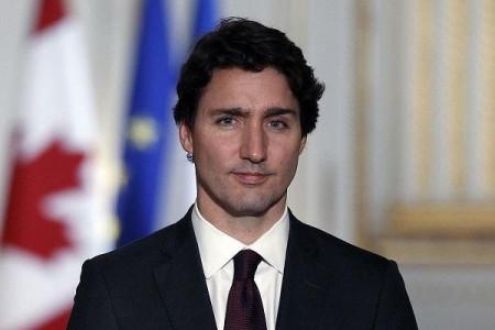 只有6万军队的加拿大,如何能担得起上千万平方公里的守土之责?