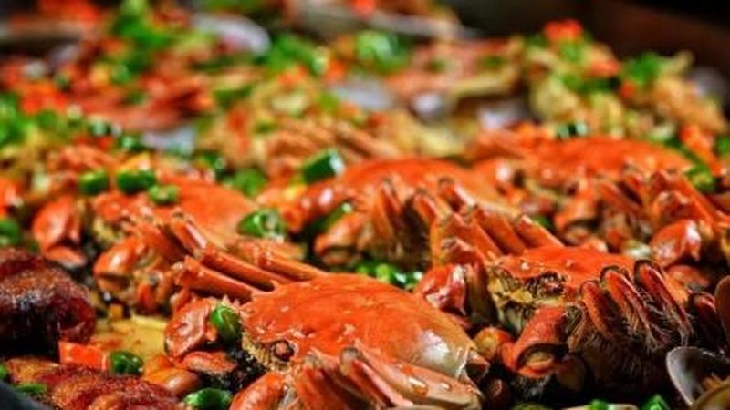 吃螃蟹引發大搶救!醫生的這個忠告,今天一定要告訴所有人