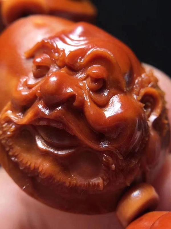 怎样的弥勒佛才属核雕中的精品?