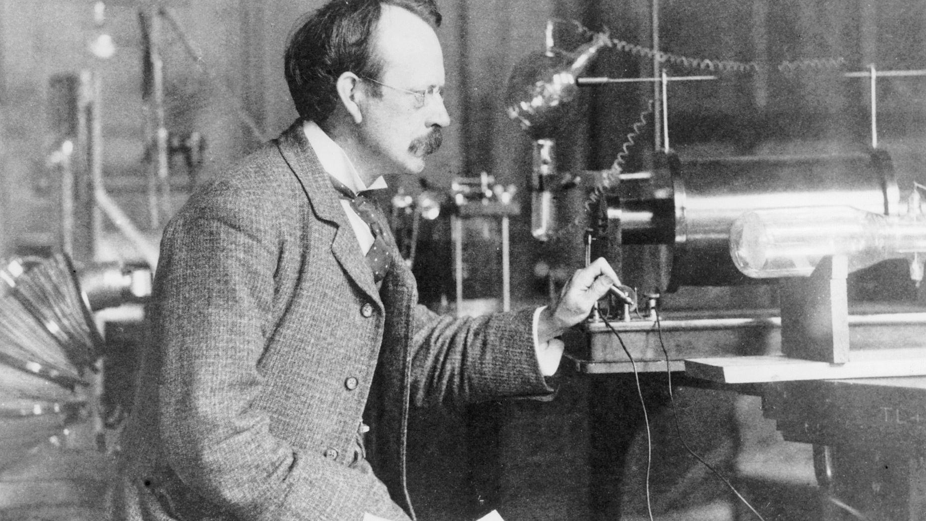 人类对电力的研究历史,以及电场到底是什么?