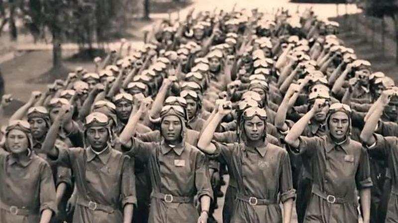 这1700个集体赴死的年轻人,平均23岁!他们不该被遗忘!
